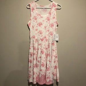 Lularoe Pink and White Floral Dipped Nicki